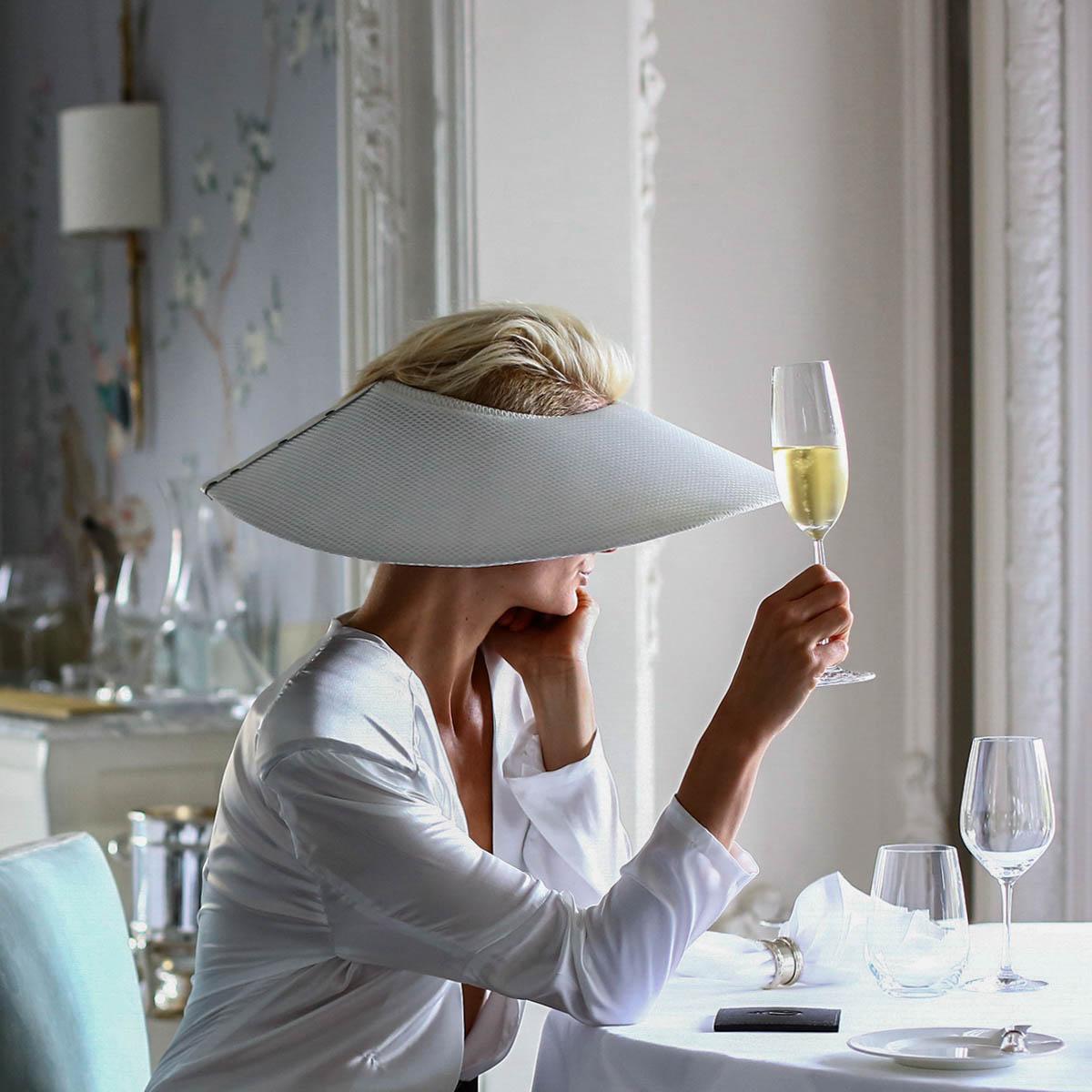 hilton-champagne-dame-chic
